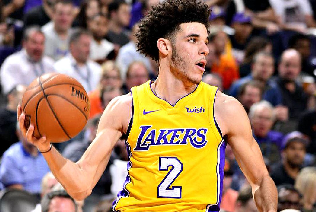 What is Lonzo Ball's race? Is the NBA player mixed race (multi-racial)?