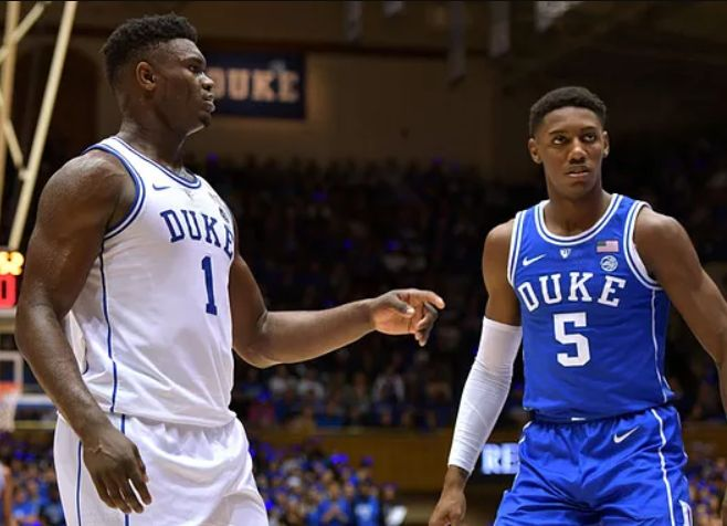Who is better: Zion Williamson or R.J. Barrett? Video surfaces of the two playing 1-on-1